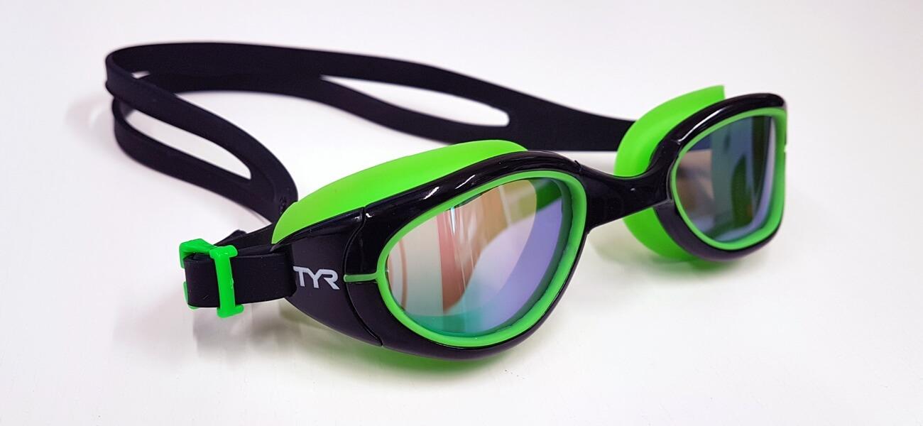 Occhialini TYR per il triathlon